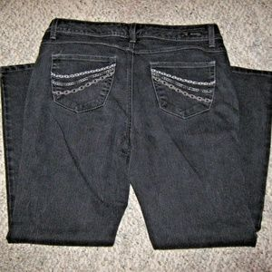 Black Stretch Jean w/ Chain Embroidery Pockets 12P